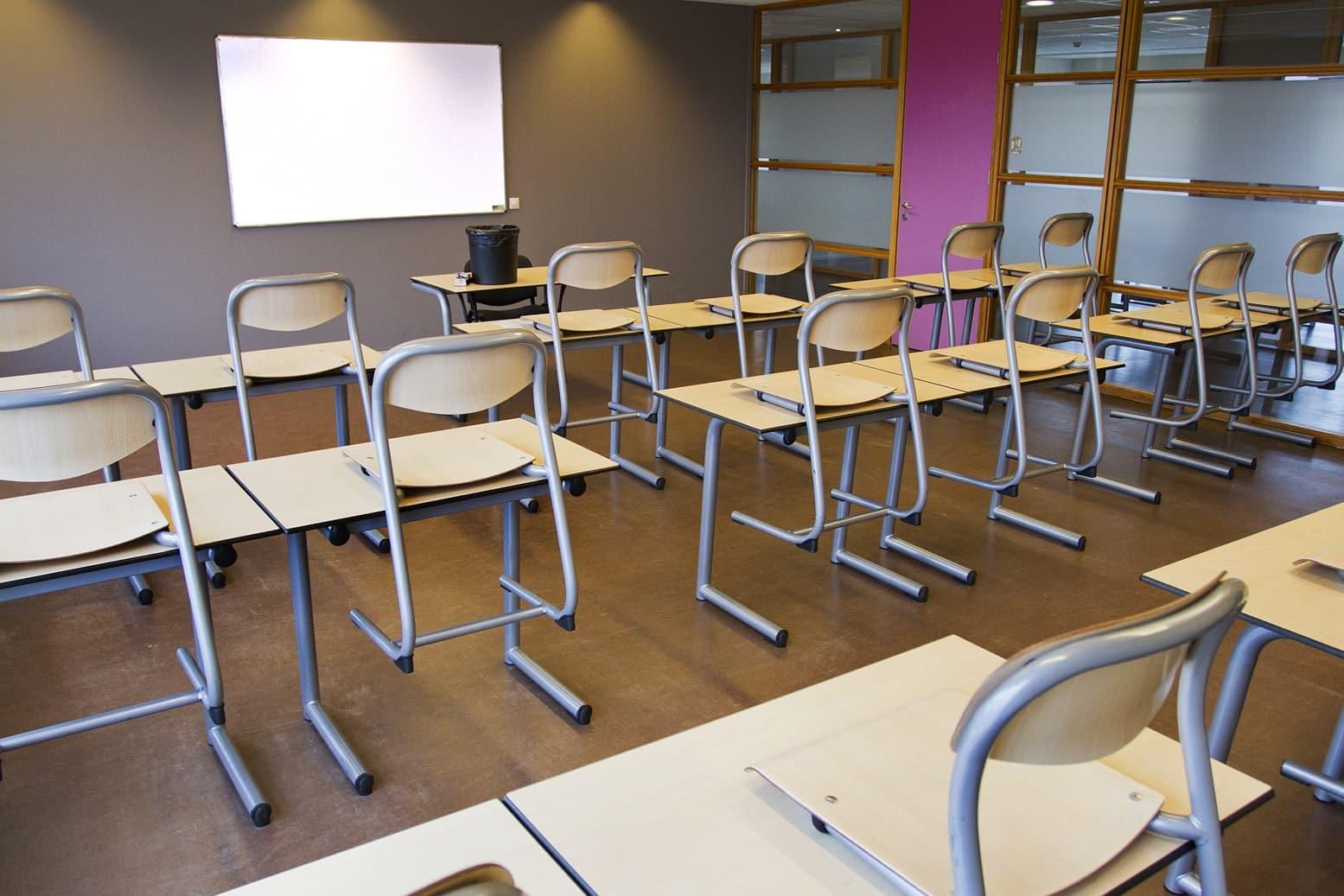 schoonmaak-school Bedrijven-kantoren dienstencheques